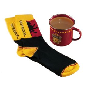 BUY HARRY POTTER GRYFFINDOR QUIDDITCH MUG SOCKS SET IN WHOLESALE ONLINE