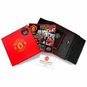 BUY MANCHESTER UNITED 2020 MUSICAL KEEPSAKE BOX SET IN WHOLESALE ONLINE